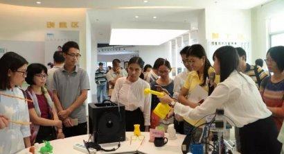 百名教师到访参观,加速推进我市创客教育发展