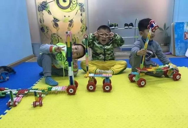 幼儿园创客课程主要以玩积木为主