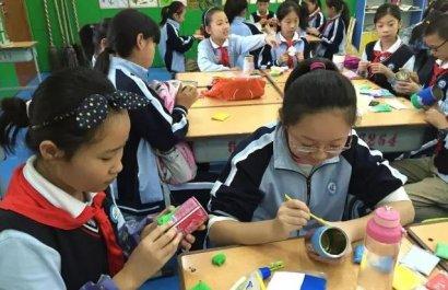 郑州市大力推进中小学校创客空间建设