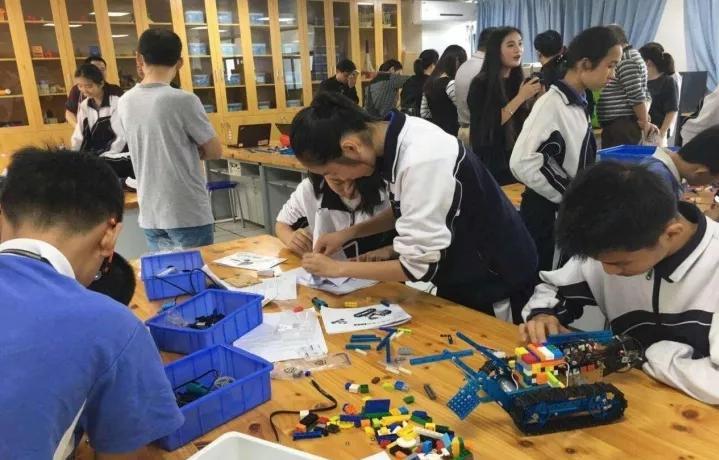 创客教育给孩子构建一个有创造力的学习环境