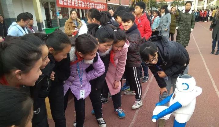 沁阳市实验小学成功举办首届创客节活动