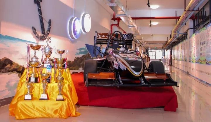 创客作品:FSC方程式车队46号赛车