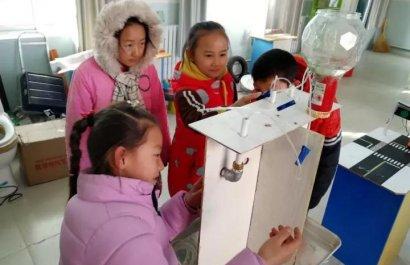深圳市梧桐树学校小创客参加全国发明展览会