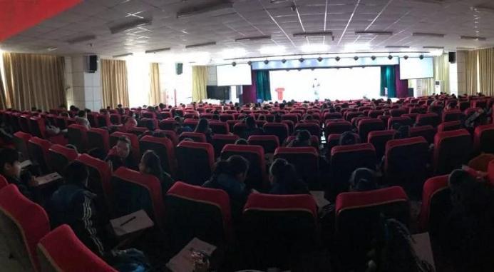 渭南高新小学举办创客教育培训会