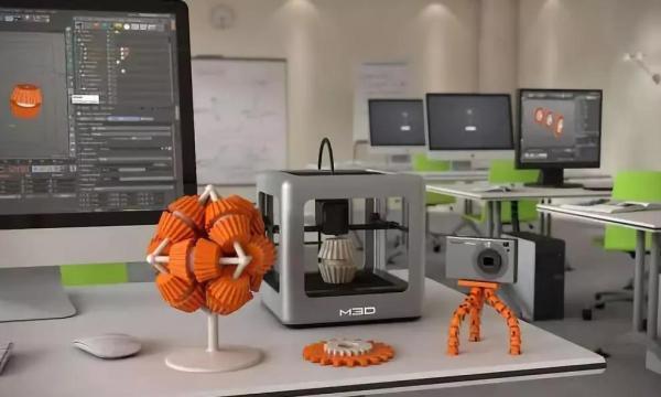 创客教室标配的3D打印机