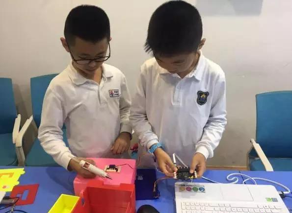 小学生创客比赛作品:食欲控制器