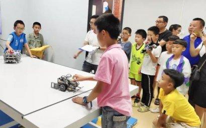 郑剑春:创客教育课程开发与教学实施