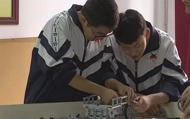 陵川一中:创客教学为文明实践插上科技翅膀