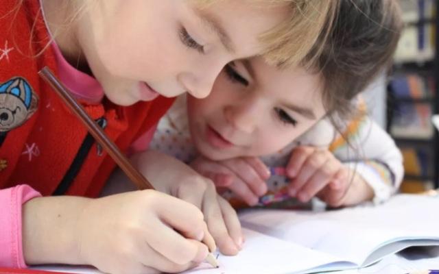 北大教授:教育双轨制是家庭资源投入的无底洞!