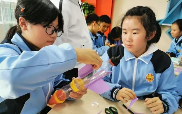 创客教育中存在的问题及解决措施研究